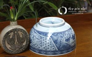 Tô gốm Arita họa tiết  vẽ tay – có triện ( Sold)